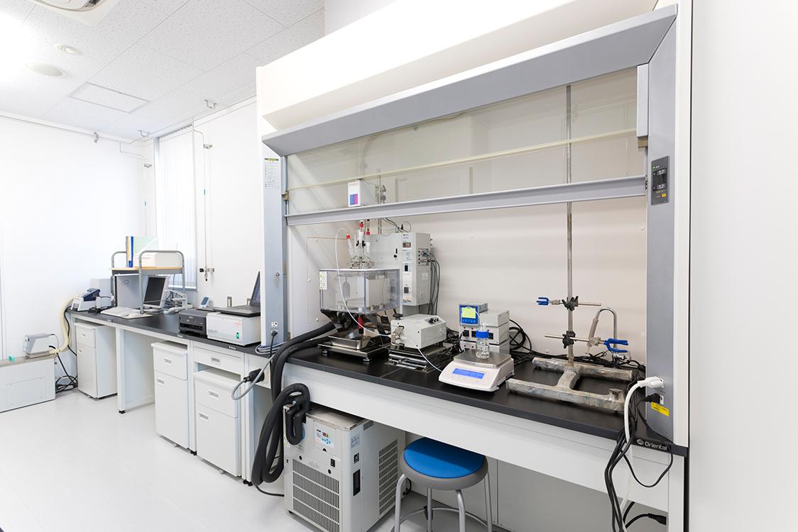 安全性評価実験室